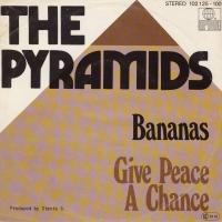 SINGLE - Pyramids Bananas / Give peace a chance